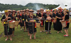 Gawai Padi, Irau Aco Lun Bawang, indigenous, Ceremony, traditional, thanksgiving, cultural dance, Borneo, Malaysia, dayak, native, tribe, Orang Ulu, Tourism, travel guide, 原著民丰收节日