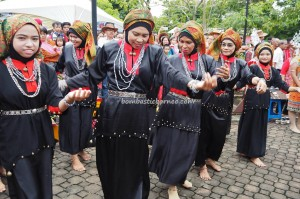 Malays, paddy harvest festival, Irau Aco Lun Bawang, authentic, Borneo, Lawas, Limbang, native, Tourism, tourist attraction, travel guide, crossborder, backpackers, 老越砂拉越, 婆罗洲, 原著民丰收节日