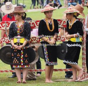 Gawai Padi, paddy harvest festival, Irau Aco Lun Bawang, indigenous, culture, Borneo, Lawas, Limbang, Malaysia, dayak, tribe, Orang Ulu, Tourism, travel guide, transborder, crossborder,