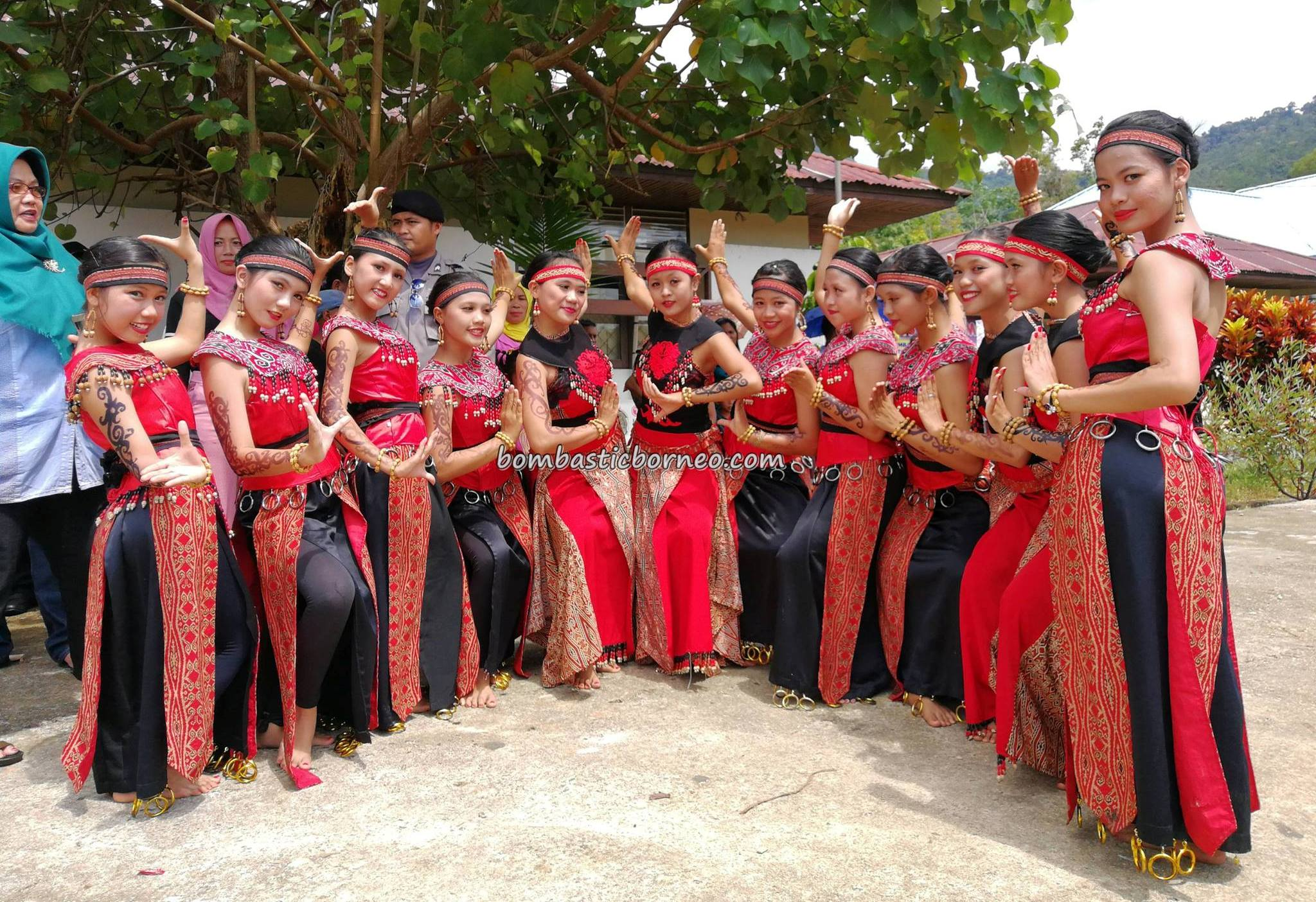 Betung Kerihun, event, backpackers, Kapuas Hulu, Kalimantan Barat, Borneo, dayak, tribe, native, Tourism, traditional, transborder, travel guide, 原著民, 西加里曼丹