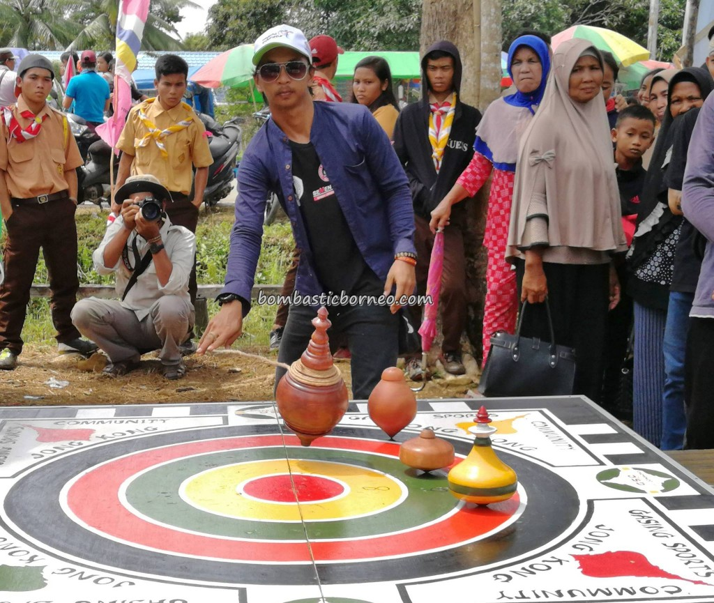 Festival Danau Sentarum, adventure, destination, Lanjak village, Batang Lupar, Kapuas Hulu, West Kalimantan, Borneo, tribe, Ethnic, native, obyek wisata, games, crossborder, 西加里曼丹原著民,