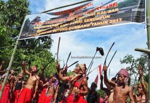 Siding, thanksgiving Festival, indigenous, backpackers, Bengkayang, Borneo, Kalimantan Barat, Dusun Betung, Gumbang, native, tribe, culture, tourist attraction, traditional, transborder, 婆罗洲丰收节日
