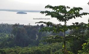 Bukit Babi, lookout point, adventure, nature, backpackers, destination, Borneo, Indonesia, Kapuas Hulu, tourist attraction, travel guide, transborder, Ramsar site, biggest lake, 西加里曼丹, 婆罗洲旅游景点