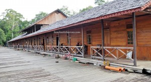 longhouse, authentic village, Borneo, West Kalimantan, Batang Lupar, Kapuas Hulu, native, Suku Dayak Iban, tribe, obyek wisata, travel guide, crossborder, danau sentarum national park, Sepandan, 婆罗洲, 原著民长屋