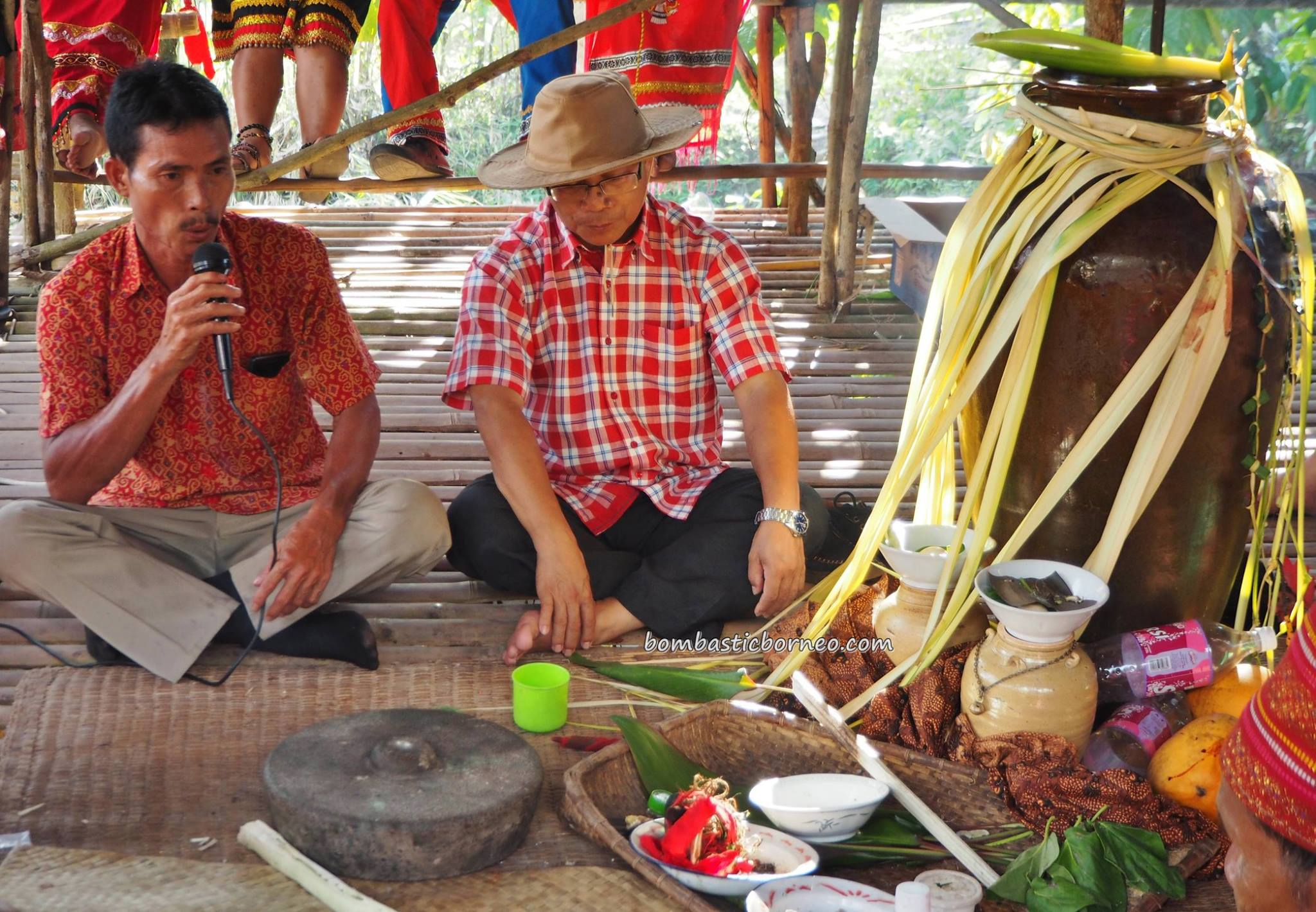 Gawai Harvest Festival, backpackers, destination, Bengkayang, Indonesia, Desa Tangguh, Dusun Betung, Kampung Gumbang, dayak bidayuh, tribe, event, Tourism, tourist attraction, travel guide, 西加里曼丹, 原著民丰收节日