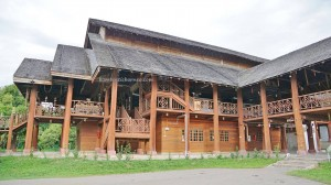 Pusat Kebudayaan Murut, authentic, backpackers, native, tribal, museum, gallery, Borneo, Tenom, Malaysia, Interior Division, longhouse, tourism, tourist attraction, traditional, travel guide,