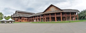 authentic, destination, native, tribe, museum, gallery, Borneo, Tenom, Malaysia, longhouse, tourist attraction, traditional, travel guide, crossborder, 沙巴婆罗洲, 长屋旅游景点