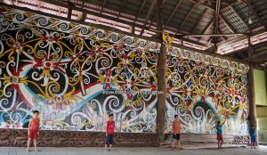 Balai Adat Desa Pimping, authentic, traditional, Borneo, Kalimantan Utara, Indonesia, Bulungan, Tanjung Palas Utara, sculptures, dayak motif, native, Kenyah tribe, Tourism, tourist attraction, travel guide, crossborder,