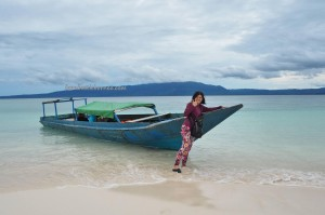 Pulau Kaniungan Kecil, backpackers, destination, Berau, Biduk-Biduk, Borneo, Kalimantan Timur, Indonesia, hidden paradise, island, white sandy beach, Obyek wisata, Tourism, tourist attraction, travel guide, transborder,