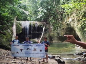 Indonesia, exploration, air terjun, adventure, outdoor, destination, Borneo, family vacation, Tanah Surga, Obyek wisata, Tourism, tourist attraction, travel guide, Transborneo, 东加里曼丹, 瀑布旅游景点