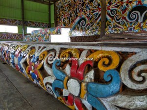 Balai Adat Desa Pimping, authentic, traditional, culture, destination, Indonesia, Bulungan, sculptures, native, tribe, Obyek wisata, Tourism, travel guide, crossborder, 北加里曼丹, 原著民,