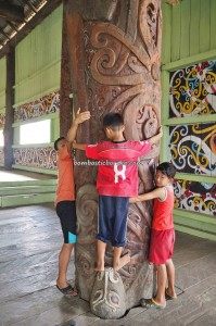 Balai Adat, traditional, village, backpackers, destination, Borneo, North Kalimantan, Bulungan, Suku Dayak Kenyah, sculptures, native, tribe, Tourism, tourist attraction, transborneo, 婆罗洲原著民,