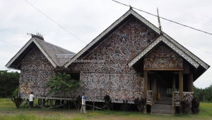 traditional, Desa Setulang, authentic, North Kalimantan, Indonesia, Malinau Selatan Hilir, dayak motif, native, tribal, longhouse, rumah panjang, Tourism, tourist attraction, travel guide, 北加里曼丹, 旅游景点