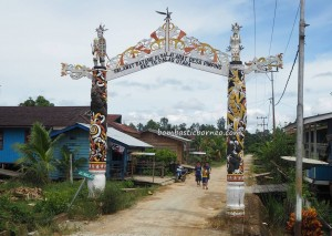 Balai Adat Desa Pimping, authentic, village, adventure, North Kalimantan, Indonesia, Bulungan, Tanjung Palas Utara, dayak motif, native, tribe, Tourism, tourist attraction, travel guide, 北加里曼丹, 婆罗洲旅游景点,