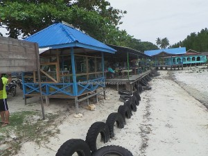Pulau Kaniungan Kecil, fishing village, adventure, backpackers, destination, Biduk-Biduk, Borneo, Indonesia, white sandy beach, Obyek wisata alam, Tourism, travel guide, holiday, crossborder, 东加里曼丹, 婆罗洲岛,