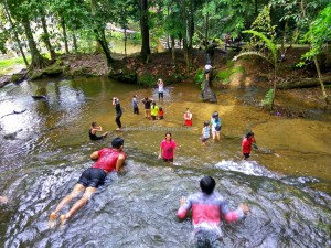 Cascade, hotspring, nature, exploration, backpackers, Borneo, Indonesia, North Kalimantan, Mentarang, Desa Paking, Obyek wisata, Tourism, travel guide, Transborneo, 北加里曼丹, 婆罗洲,