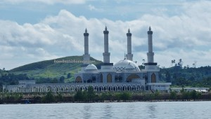 mosque, Hidayatur Rahman, speedboat ride, express, exploration, destination, backpackers, Borneo, Pulau, tourist attraction, Tourism, Transportation, crossborder, 北加里曼丹, 旅游景点