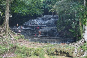 Cascade, hotspring, nature, destination, Borneo, Kalimantan Utara, Malinau, Mentarang, village, family holiday, Tourism, tourist attraction, travel guide, Transborneo, 北加里曼丹, 婆罗洲瀑布