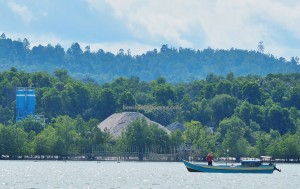 boat ride, exploration, adventure, Borneo, Indonesia, North Kalimantan, Pulau, island, Obyek wisata, Tourism, Wharf Terminal, Transportation, transborder, 北加里曼丹, 婆罗洲,