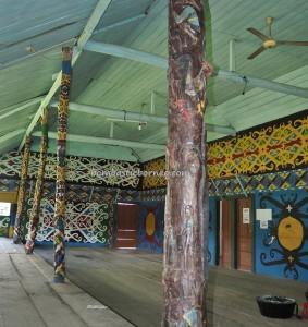 destination, Rumah Adat, indigenous, North Kalimantan, Desa Pulau Sapi, Malinau, Mentarang, tribe, dayak motif, sculptures, Obyek wisata, Tourism, travel guide, crossborder, 北加里曼丹, 原著民旅游景点