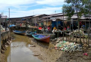 seaweed farming, rumput laut, Tanjung Harapan, adventure, exploration, traditional, destination, Indonesia, Suku Dayak Tidung, Nelayan, Obyek wisata, Tourism, travel guide, crossborder, 北加里曼丹, 婆罗洲,