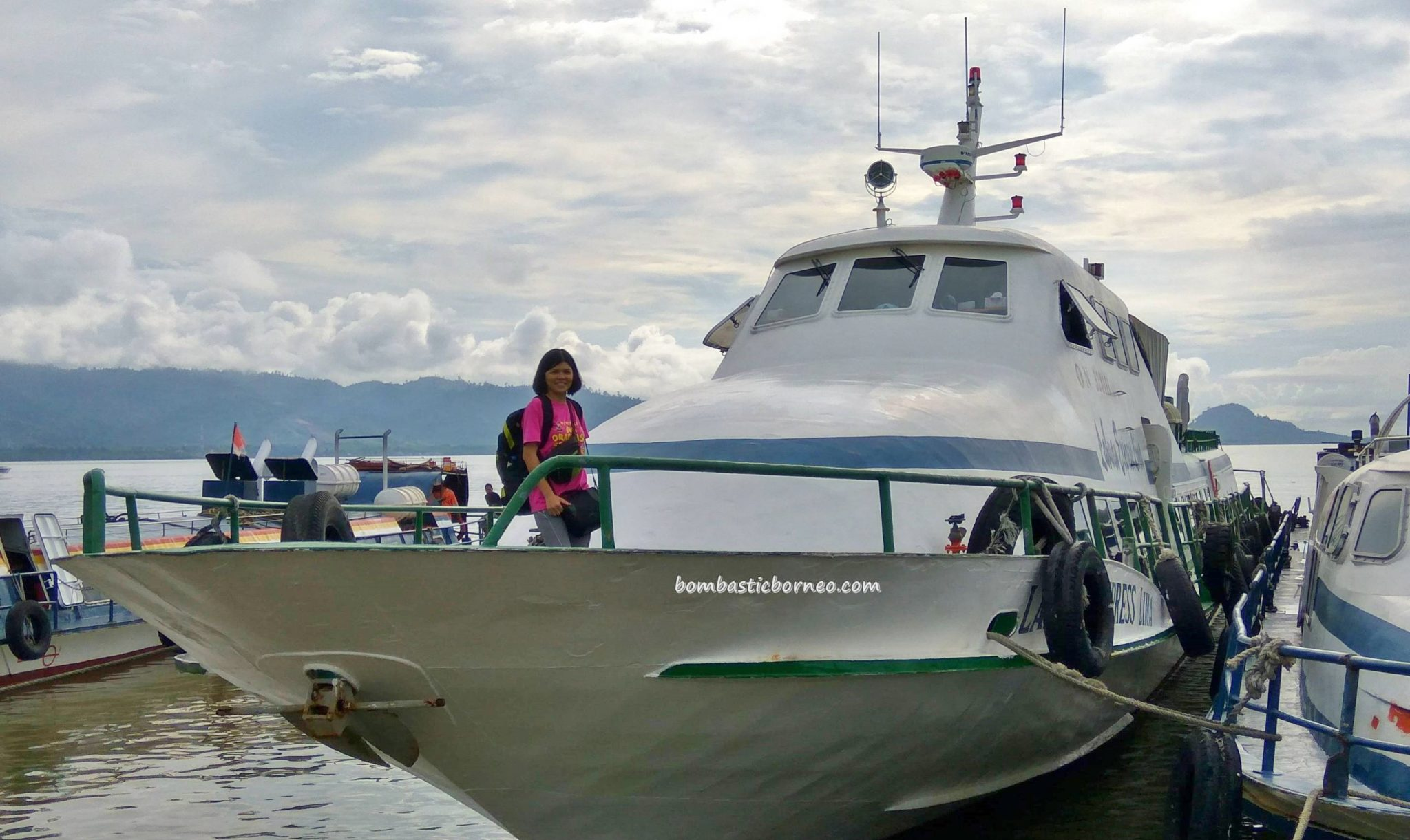 Kapal Laut, port, wharf terminal, Transportation, Immigration checkpoint, exploration, Borneo, Kalimantan Utara, Tawau, Tourism, tourist attraction, travel guide, International Border crossing, transborder, 北加里曼丹, 婆罗洲,