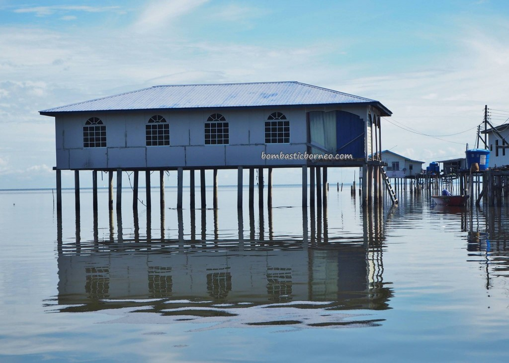 Kampung Awat-Awat, water village, floating house, authentic, traditional, backpackers, destination, Borneo, Limbang, Malaysia, Sarawak, Tourism, tourist attraction, travel guide, transborder, Ikan Tahai