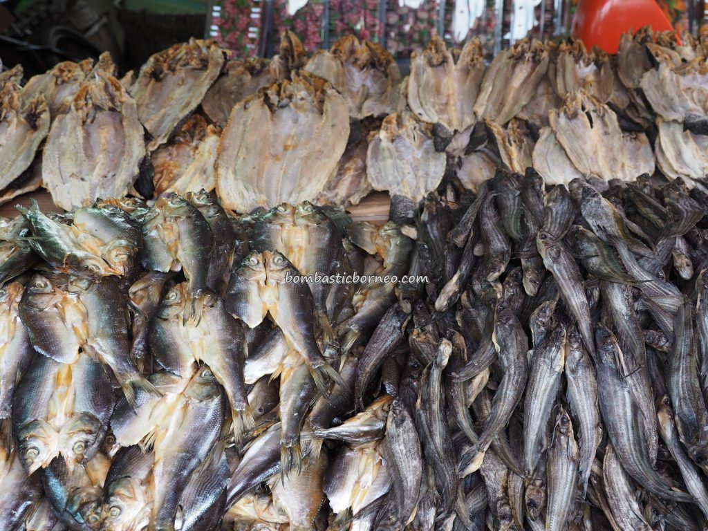 local market, adventure, authentic, backpackers, destination, Borneo, Kapuas hulu, Kapuas river, Obyek wisata, Tourism, tourist attraction, traditional, native, transborder, 婆罗洲西加里曼丹