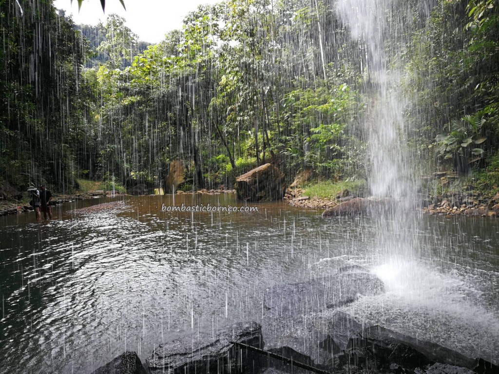 Air Terjun, jungle resort, chalets, adventure, outdoor, exploration, destination, Lawas, Limbang, Malaysia, ecotourism, travel guide, Pengalih village, crossborder, 砂拉越瀑布, 婆罗洲旅游景点,