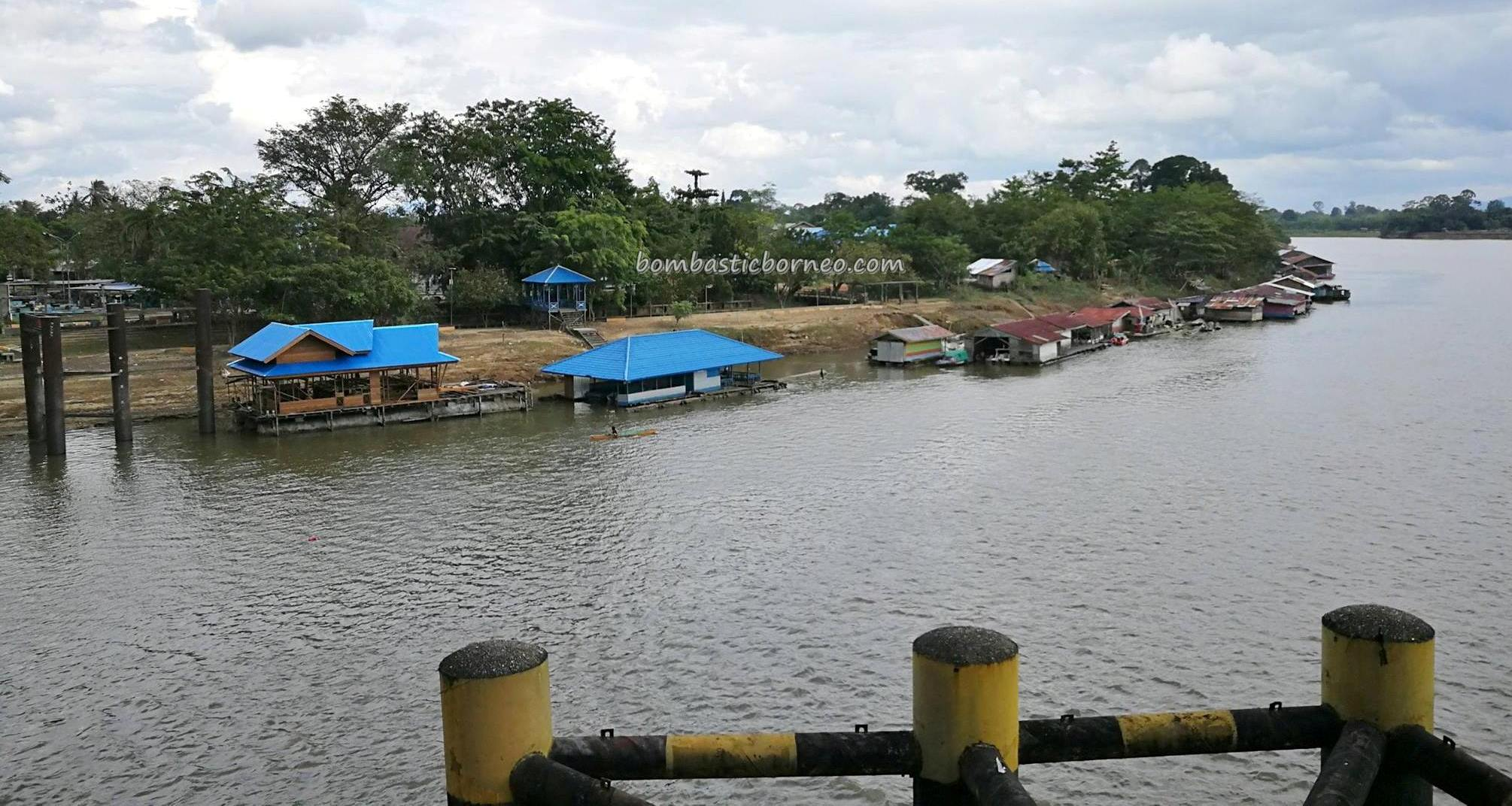 Jembatan Kapuas, rumah lanting, Sungai Kapuas, adventure, backpackers, destination, Indonesia, West Kalimantan, Kapuas hulu, Obyek wisata, Tourism, tourist attraction, traditional, transborder, 婆罗洲西加里曼丹