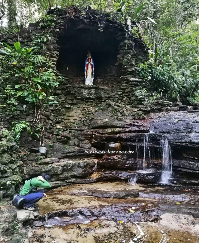 Mother Mary Cave, adventure, nature, waterfall, backpackers, destination, Borneo, Kalimantan Barat, Kapuas Hulu, Tourism, tourist attraction, travel guide, crossborder, 婆罗洲西加里曼丹, 玛丽亚洞穴