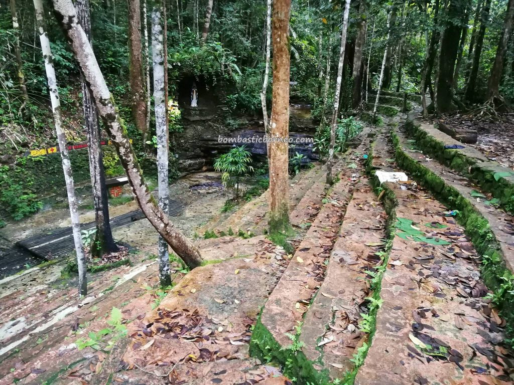 Gua Maria, nature, waterfall, authentic, backpackers, destination, Borneo, Kalimantan Barat, Kapuas Hulu, Desa Sayut, Obyek wisata, Tourism, travel guide, crossborder, 婆罗洲西加里曼丹, 旅游景点