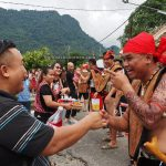 Paddy Harvest Festival, authentic, event, backpackers, Borneo, Kuching, Serian, native, tribal, Tourism, travel guide, village, crossborder, 砂拉越婆罗洲, 原住民丰收节日