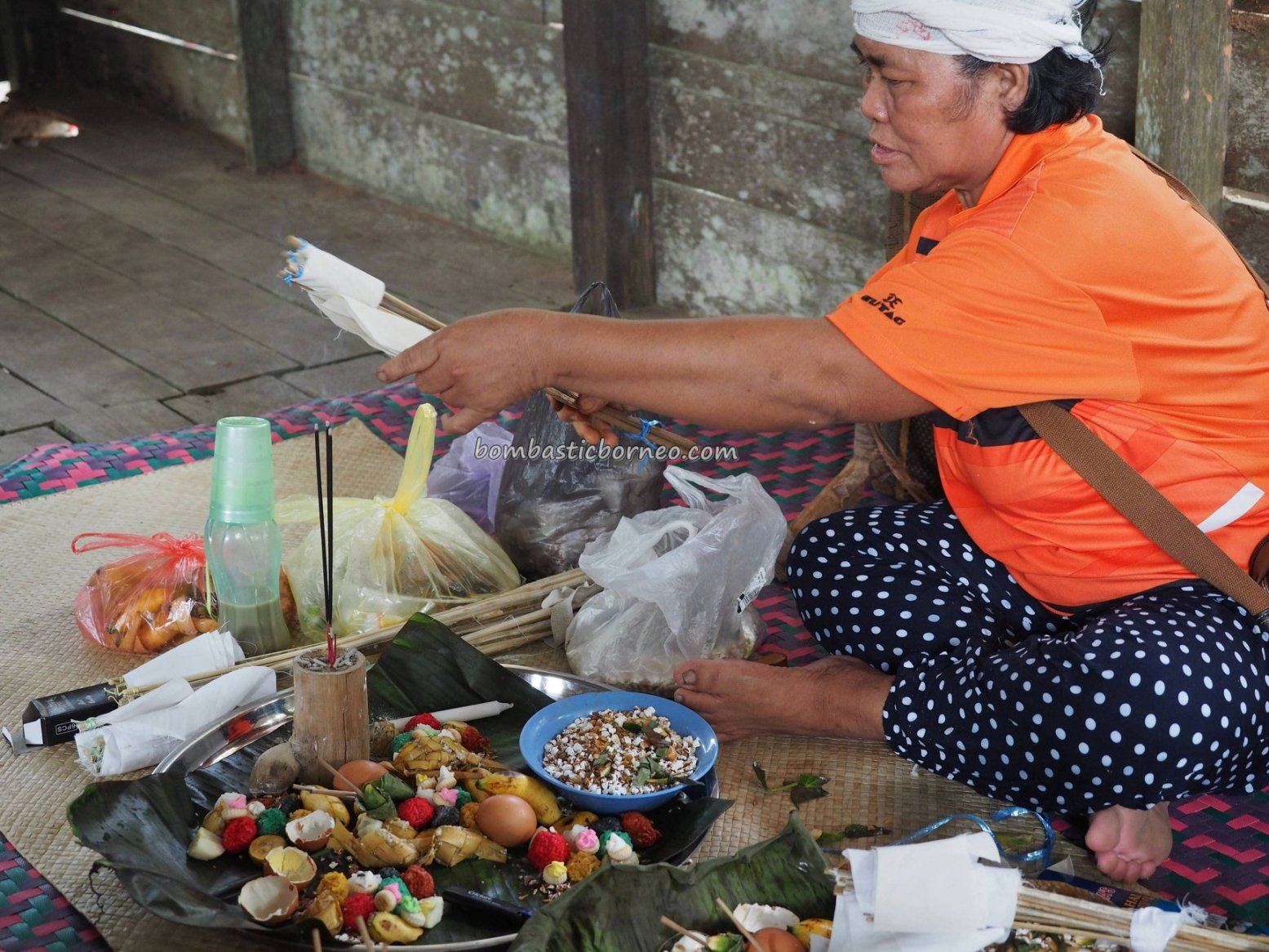 Paddy Harvest Festival, authentic, traditional, culture, event, Padawan, Kuching, Sarawak, Malaysia, Dayak Bidayuh, native, tribe, travel guide, crossborder, 砂拉越婆罗洲, 比达友族部落丰收节日