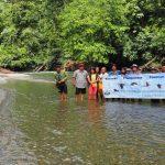Speedboat ride, adventure, nature, destination, picnic, Borneo, West Kalimantan, Kapuas Hulu, Putussibau Selatan, Tourism, tourist attraction, travel guide, crossborder, 婆罗洲卡普阿斯河, 印尼西加里曼丹
