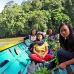 river, fishing, adventure, nature, outdoor, longboat, backpackers, Putussibau Selatan, Tourism, tourist attraction, travel guide, Transborneo, 西加里曼丹, 婆羅洲卡江,