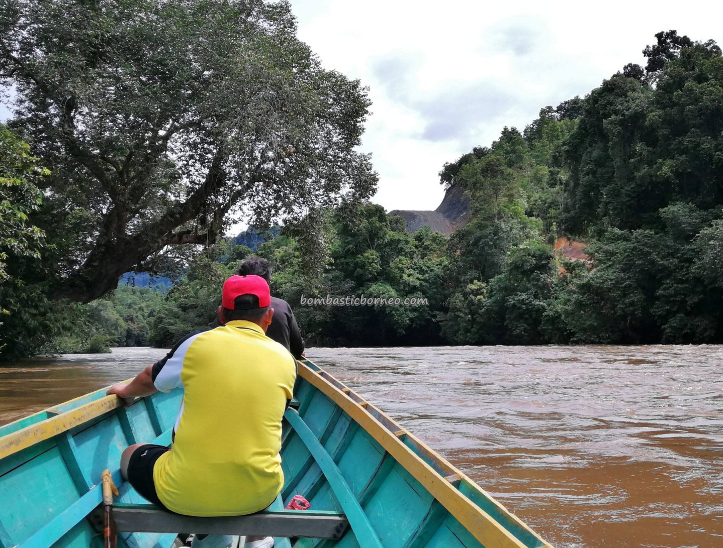 boat ride, Sungai, adventure, nature, outdoor, backpackers, destination, Indonesia, Putussibau Selatan, Tourism, tourist attraction, travel guide, 婆罗洲, 印尼西加里曼丹,