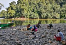 Kapuas river, adventure, nature, outdoor, boat ride, backpackers, destination, Kapuas Hulu, Putussibau Selatan, Tourism, tourist attraction, travel guide, Transborneo, 婆羅洲西加里曼丹, 印尼卡普阿斯河,