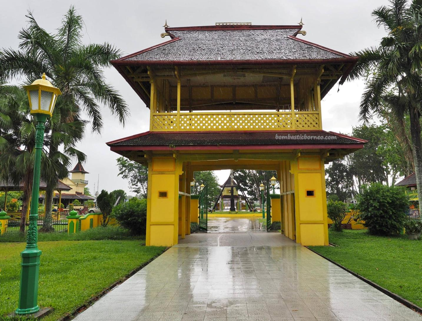 Palace, Keraton Sambas, Malay Sultanate, history, ancient, traditional, backpackers, Borneo, Indonesia, West Kalimantan, museum, Tourism, tourist attraction, travel guide, crossborder,