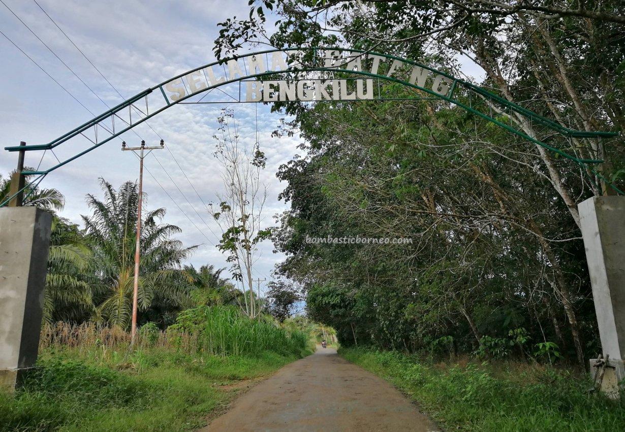 adventure, authentic, Borneo, Indonesia, Sanggau Ledo, dayak, native, tribe, village, Obyek wisata, Tourism, travel guide, crossborder, 婆罗洲西加里曼丹, 原住民部落,
