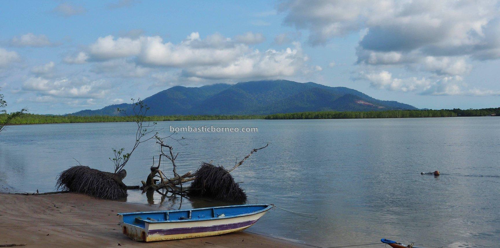 Bukit Gondol, Kampung, Beach, nature, backpackers, exploration, family vacation, Borneo, Kuching, Sematan, Tourism, tourist attraction, crossborder, 砂拉越海滩, 马来西亚旅游