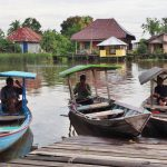 adventure, authentic, traditional, backpackers, destination, native, floating village, Borneo, West Kalimantan, Obyek wisata, Tourism, travel guide, crossborder, 印尼西加里曼丹, 婆罗洲旅游