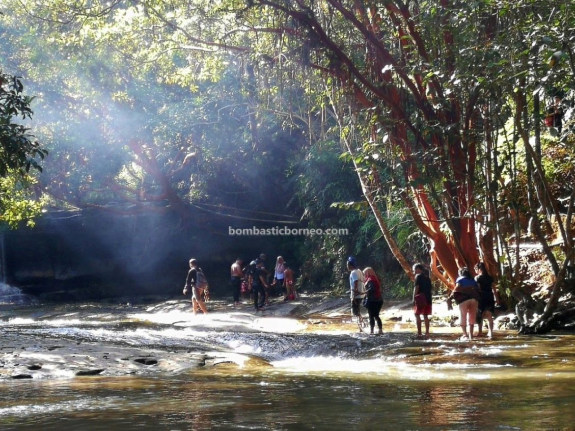 Taman Wisata Pancur Aji, air terjun, adventure, nature, outdoor, destination, exploration, Borneo, Indonesia, Kalimantan Barat, Kota Sanggau, wisata alam, Tourism, travel guide, cross border,