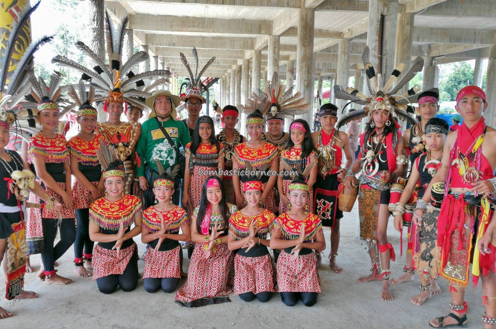 Rumah Betang Raya Dori Mpulor, Kota Sanggau, paddy harvest festival, indigenous, traditional, culture, Indonesia, native, tribal, Obyek wisata, Tourism, travel guide, trans border, 穿越婆罗洲游踪, 印尼西加里曼丹, 原住民传统丰收节,