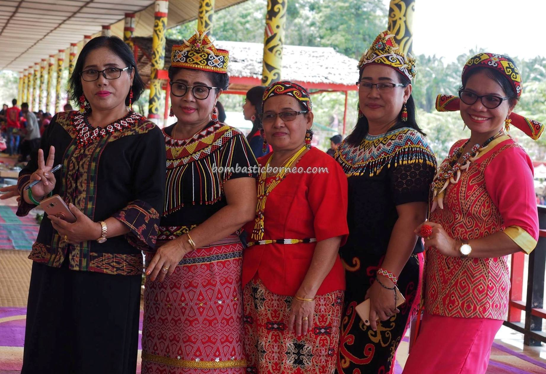 longhouse, Gawai Dayak, tribe, paddy harvest festival, thanksgiving, authentic, indigenous, culture, event, native, Tourism, tourist attraction, trans borneo, 婆罗洲西加里曼丹, 上侯原住民部落