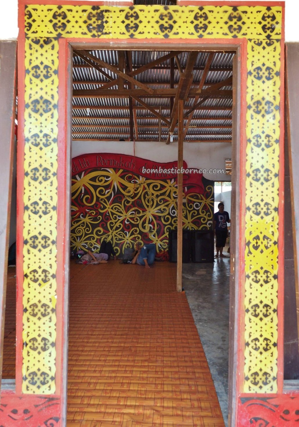 Rumah Betang Raya Dori Mpulor, thanksgiving, authentic, traditional, destination, culture, Kalimantan Barat, ethnic, native, tribe, tribal, Tourism, tourist attraction, trans borneo,