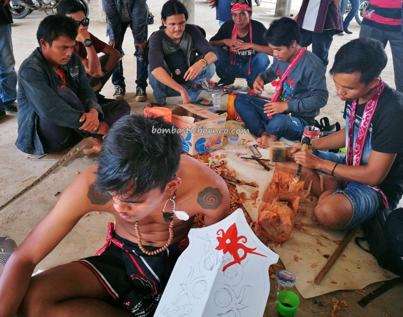 lukisan perisai, ukiran kayu, harvest festival, authentic, traditional, destination, event, Kalimantan Barat, native, tribe, tribal, obyek wisata, tourism, 印尼西加里曼丹, 婆罗洲传统土著文化