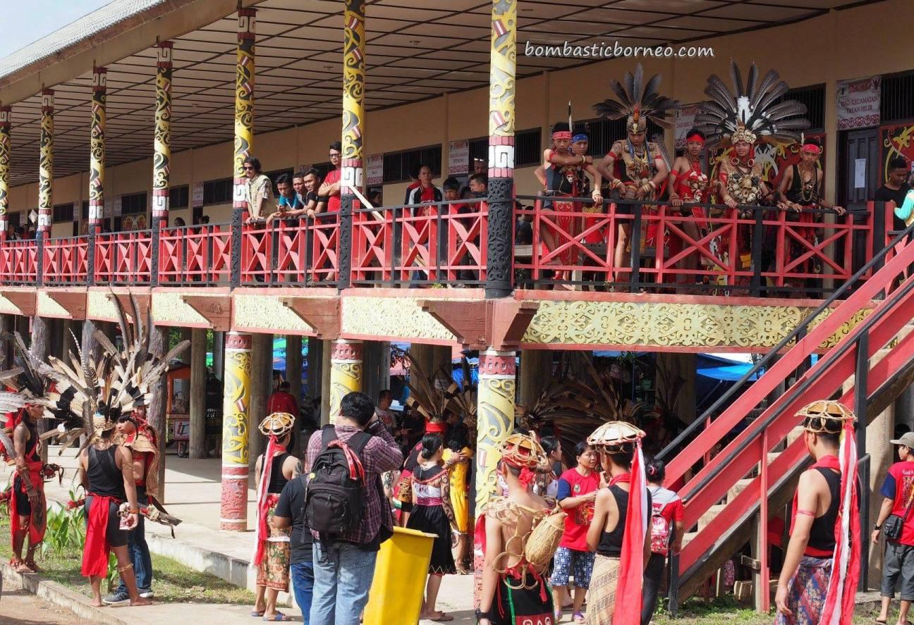 longhouse, Gawai Dayak, harvest festival, authentic, indigenous, traditional, destination, culture, event, West Kalimantan, Tourism, tourist attraction, travel guide, trans borneo, 穿越婆罗洲游踪, 印尼西加里曼丹