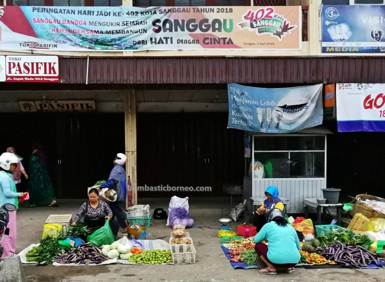 backpackers, destination, exploration, Kalimantan Barat, pasar pagi, native, Obyek wisata, Pariwisata, Tourism, tourist attraction, town, Transborneo, 婆罗洲旅游, 印尼西加里曼丹,