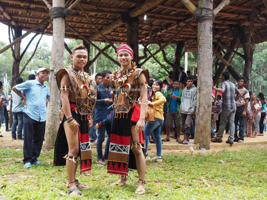 Gawai harvest festival, Rumah Adat Baluk, Indigenous, traditional, culture, event, native, tribe, Borneo, Jagoi Babang, West Kalimantan, Tourism, Trans Border, 婆罗洲游踪, 达雅克比达友族